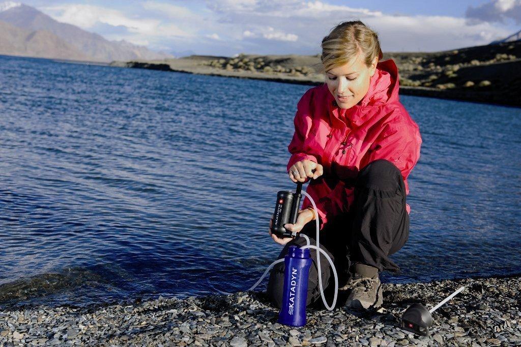 Water zuiveren op trektocht of op reis.